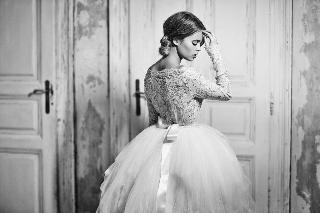 belavari-zita-eskuvoi-ruha-glamour-g1505-1