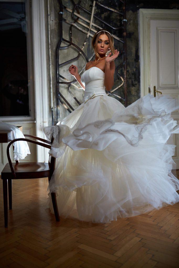 belavari-zita-eskuvoi-ruha-glamour-g1509-1