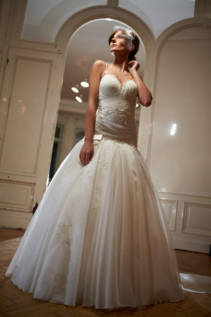 belavari-zita-eskuvoi-ruha-glamour-g1510-1