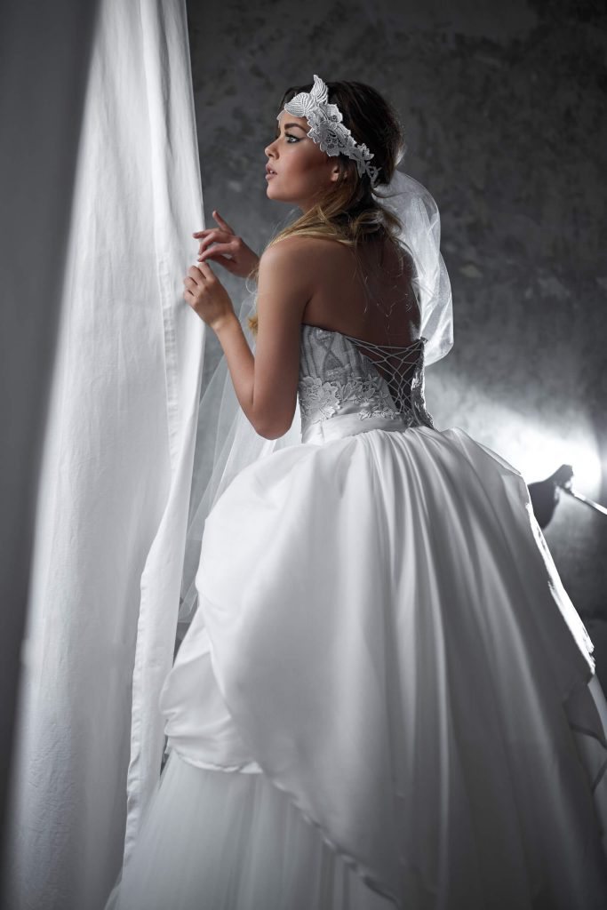 belavari-zita-eskuvoi-ruha-glamour-g1517-1