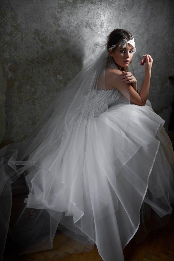 belavari-zita-eskuvoi-ruha-glamour-g1517-2