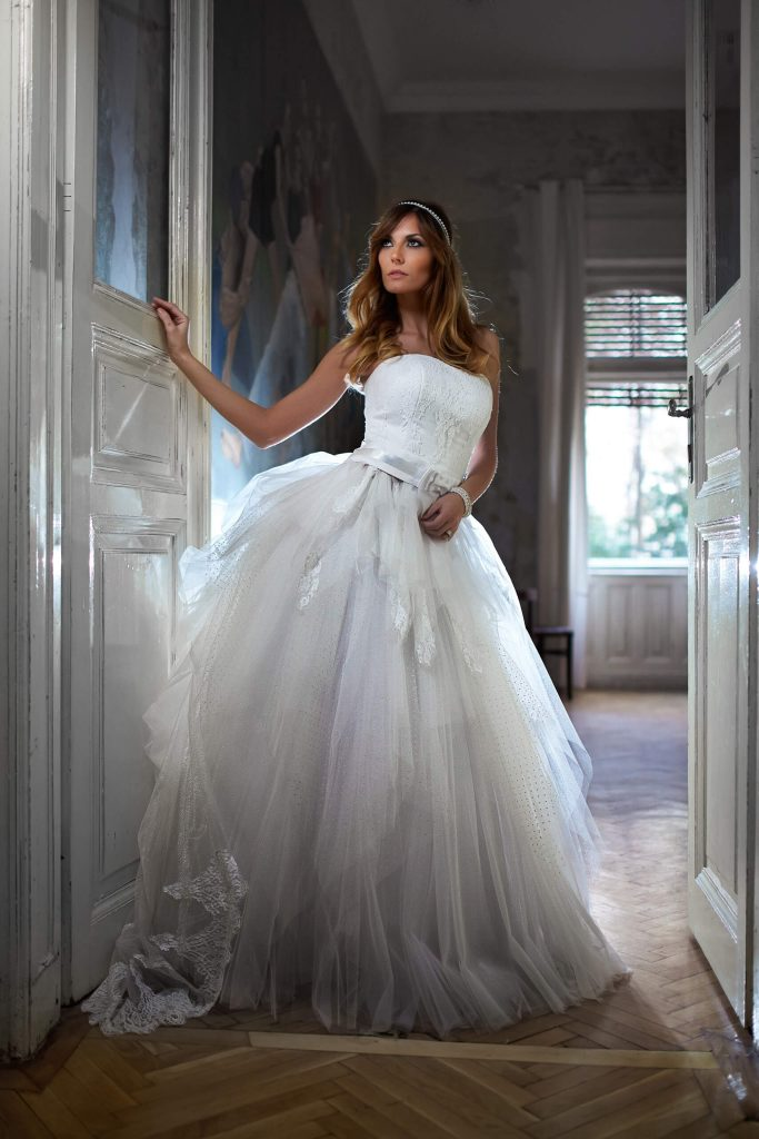 belavari-zita-eskuvoi-ruha-glamour-g1519-0