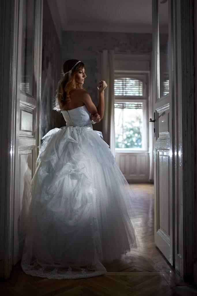 belavari-zita-eskuvoi-ruha-glamour-g1519-1