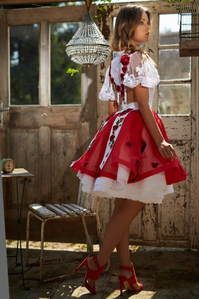 belavari-zita-mint-a-matka-rimoci-viselet-M1707-1