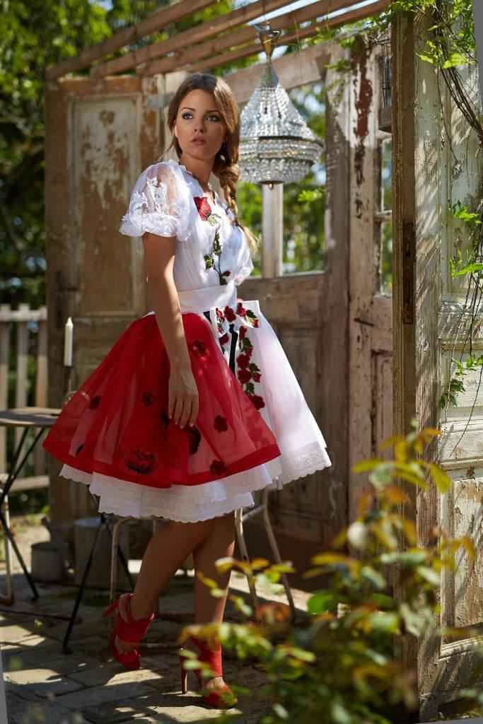 belavari-zita-mint-a-matka-rimoci-viselet-M1707-2
