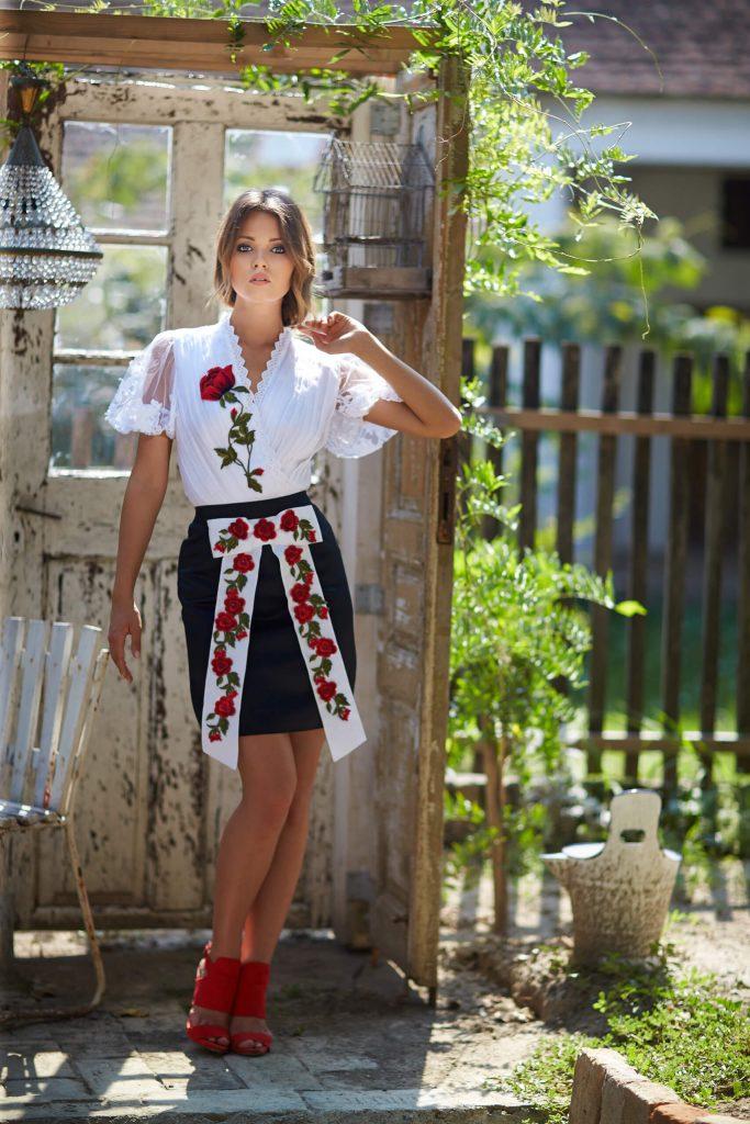 belavari-zita-mint-a-matka-rimoci-viselet-M1708-1