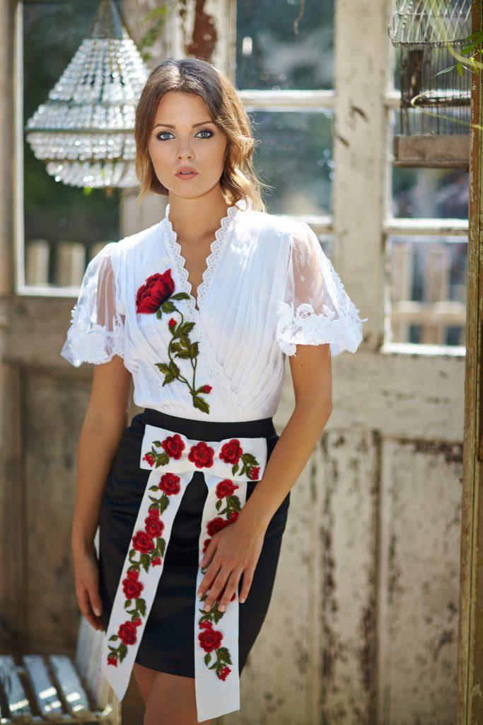 belavari-zita-mint-a-matka-rimoci-viselet-M1708-2