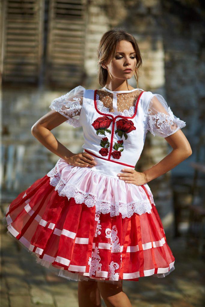 belavari-zita-mint-a-matka-sioagardi-viselet-M1712-0