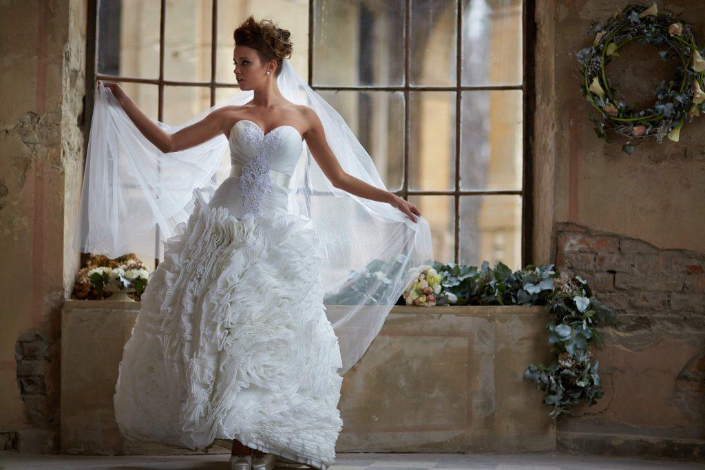 belavari-zita-eskuvoi-ruha-glamour-g1404-0