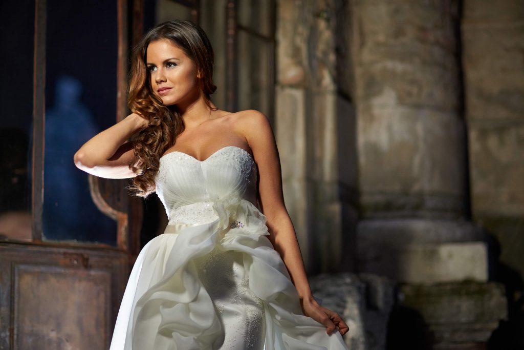 belavari-zita-eskuvoi-ruha-glamour-g1408-0