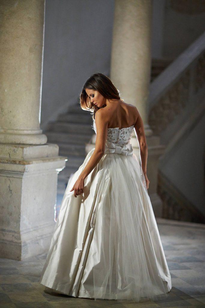 belavari-zita-eskuvoi-ruha-glamour-g1409-1