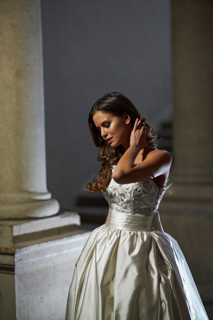 belavari-zita-eskuvoi-ruha-glamour-g1409-2