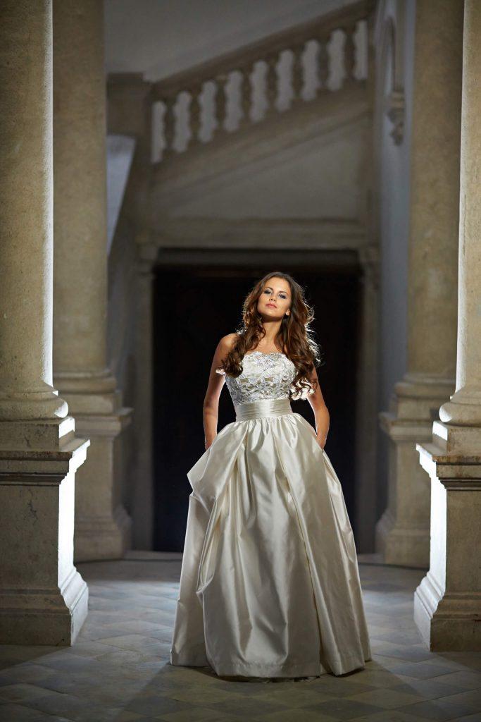 belavari-zita-eskuvoi-ruha-glamour-g1409-3