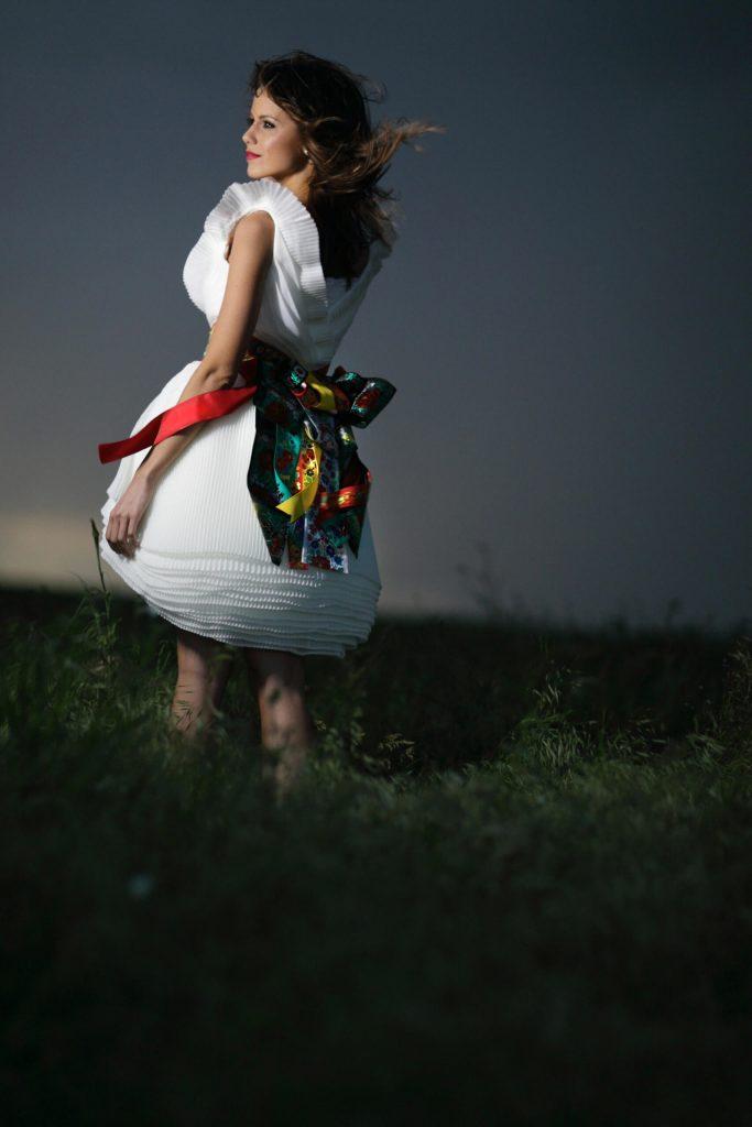 belavari-zita-mint-a-matka-matyo-viselet-m1603-2
