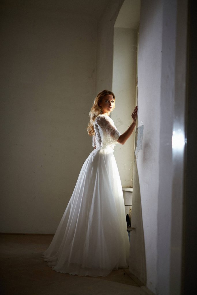 belavari-zita-eskuvoi-ruha-glamour-g1701-3
