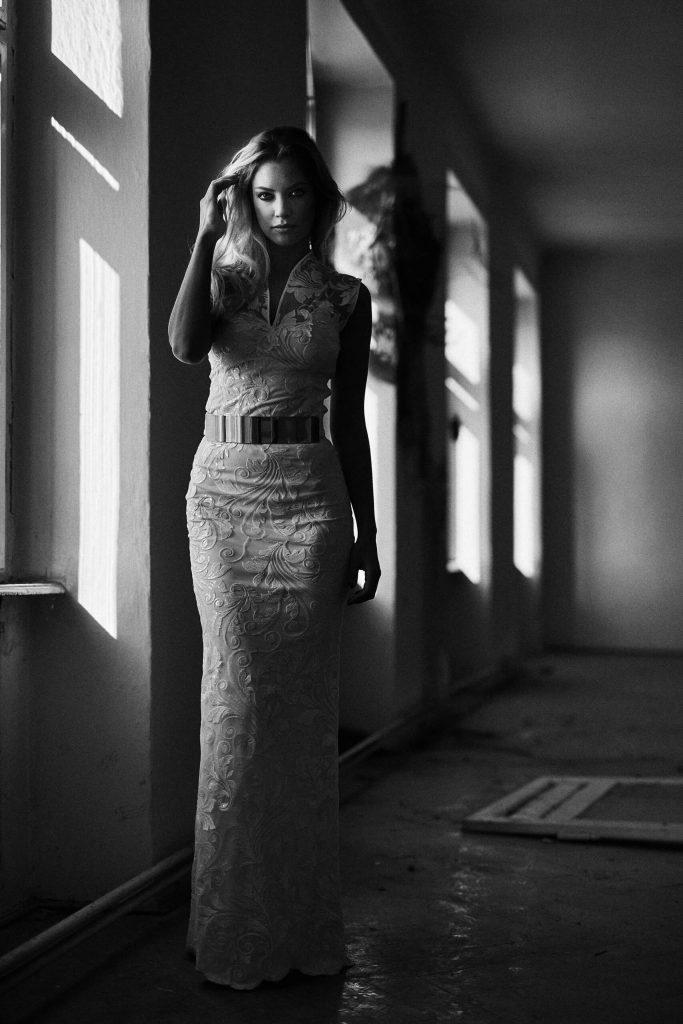 belavari-zita-eskuvoi-ruha-glamour-g1704-3
